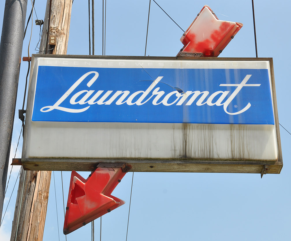 Vintage Laundromat Sign July 2010  Page 2  Roadsidearchitecture  The Companion Blog