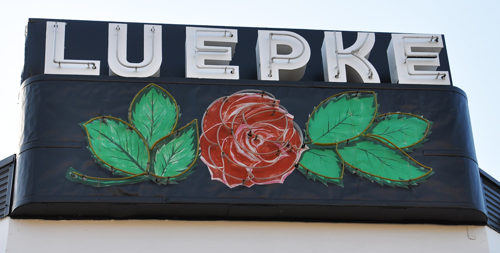 Spokane Used Car Dealerships >> RoadsideArchitecture.com — the companion blog – roadtrips & posts documenting vintage signs ...